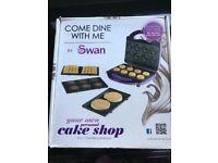 Swan 4-in-1 baking machine