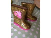 Toddler size 4 Peppa wellies