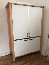 Free Standing Kitchen Appliance & Table