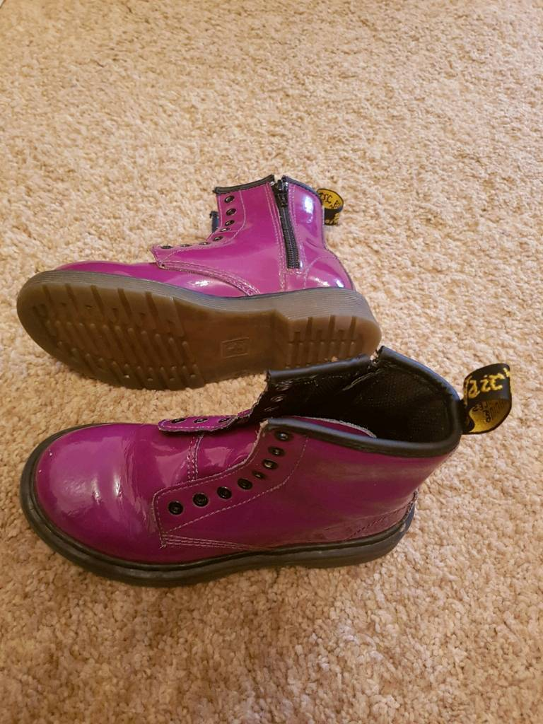 Kids dr martens air wair delaney boots size 12
