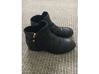Geox Black leather Boots size 36 UK 3