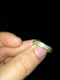Gold ring 1/4 ct diamond