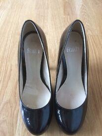 Black Faith Shoes size 5