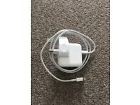 Genuine 12w Apple iPhone/iPad charger