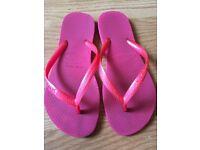 Pink Ladies/Girls Havaianas Flip Flops Size 2-3