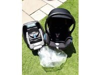 Maxi cosi cabriofix car seat and easyfix isofix base