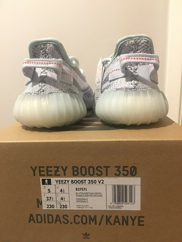 274682cef Adidas Yeezy Boost 350 V2 Blue Tint Size UK 4.5 (BRAND-NEW)
