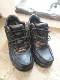 Rockport Black school shoes boots Size 4