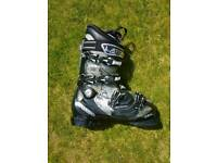 Atomic Hawx Magna Ski Boots and Bag