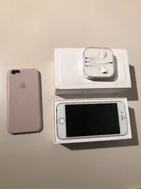 IPhone 6 unlocked 64GB with headphones and apple case