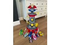 Paw Patrol Tower & 8 Characters Excellent Condition
