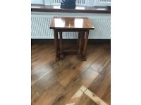 Nest of tables, great condition