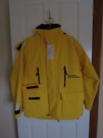 Expedition Quality Parka with zip-in fleece jacket. Yellow outer, black fleece. Unisex M size.