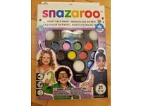 Snazaroo face paint party kit