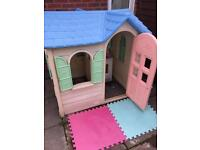Little Tikes children's play house with kitchen