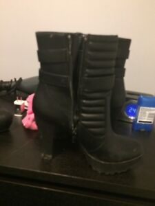 practical cute high heeled boots size 10 60 bucks pr best offer