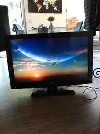 """Toshiba 32"""" High Definition LCD TV with built-in DVD player"""