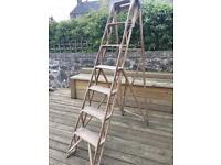 Vintage ladders (perfect for wedding decoration)
