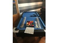5ft pool table for sale