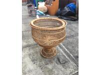 Straw decoration pot