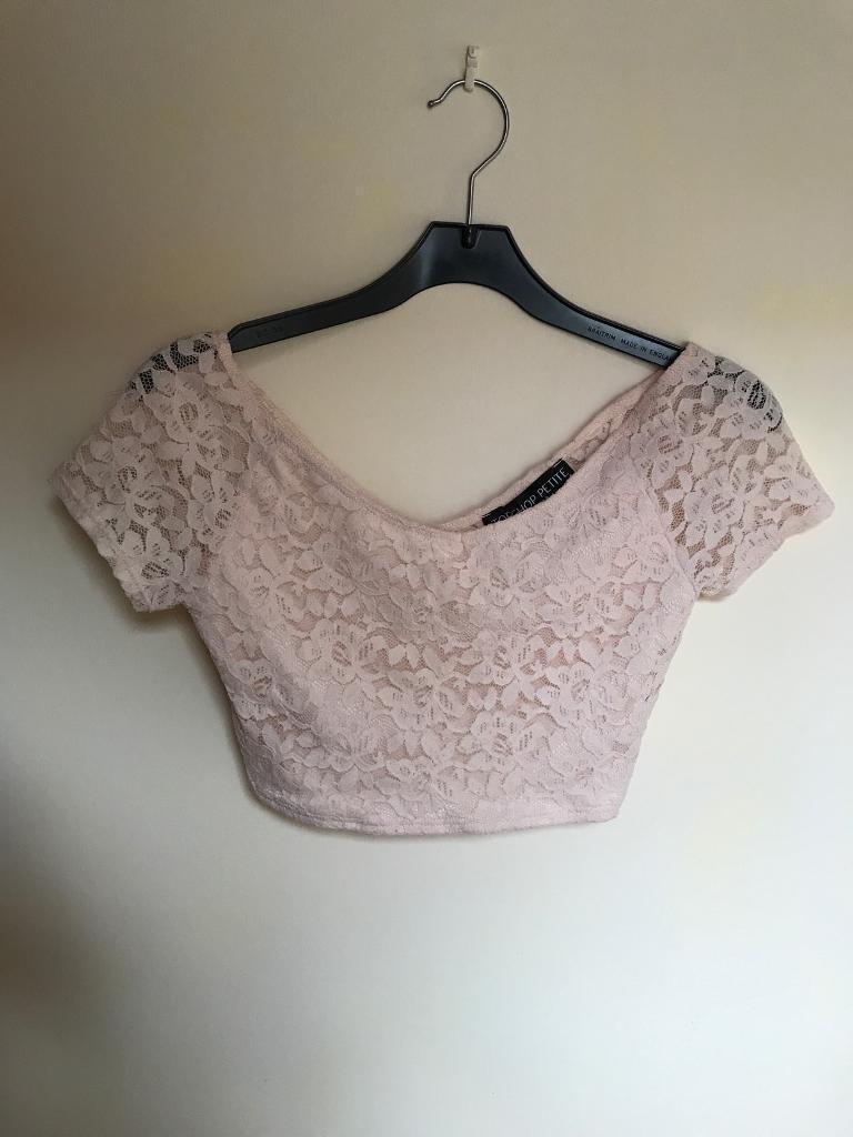 4f8578ad7cc74 Topshop petite pink lace crop top