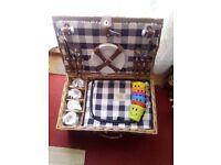 whicker picnic hamper