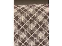 Loop pattern carpet