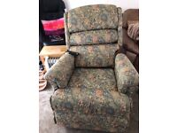 Riser/Recliner Electric Chair