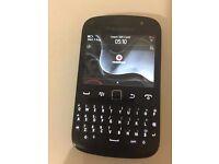 Blackberry 9720 Black (Vodafone) Smartphone