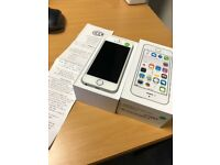 iPhone 5S 16GB Silver Unlocked with Box & Accessories