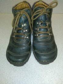 JOSEF SIEBEL, NAVY LACE UP BOOTS, SIZE 39 WIDE FIT D