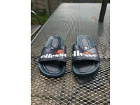 Ellesse Sliders - size 7 - Navy blue