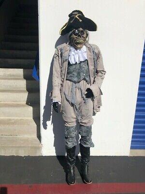 Halloween Pirate Prop in Good Conditions - Pirate Halloween Props