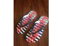 Superdry Women's Flip Flops Size 3/4
