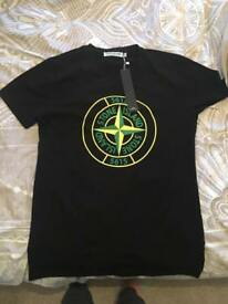 Stone island large tshirt NEW