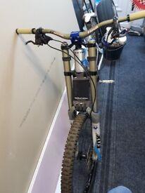 Mondraker downhill bike 2010