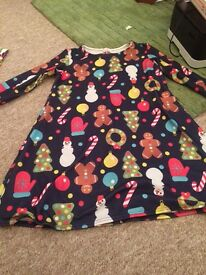 Christmas Swing Dress (Want that Trend)