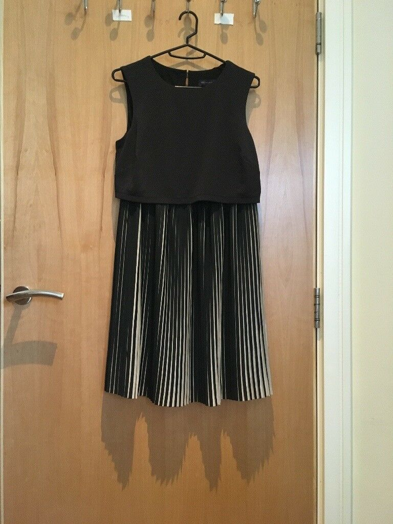 Marks & Spencer Pleated Party Dress Smart Elegant M&S Petite Size 6 (UK Size 8) RRP £40