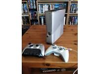 Halo Reach Editon Xbox 360 slim (250 GB) + games