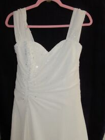 size 12 14 stunning full length, sweetheart neckline, light ivory romantica wedding gown, dress