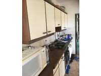 """ REDUCED BARGAIN "" Kitchen german Beckermann complete with cabinets Gas Hob, Electric Oven, Sink"