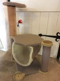 Large cat scratching posts with hammock