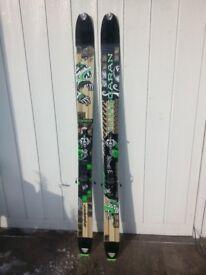 Dynafit Husacaran Ski Touring Skis & Skins