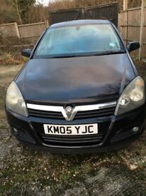 2005 Vauxhall Astra 1.8 SRi in black