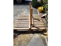 Free pallet available