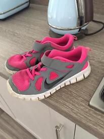 Nike trainers uk 2. Pink grey