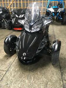 2014 Can-Am Spyder® ST-S - SM5 London Ontario image 1
