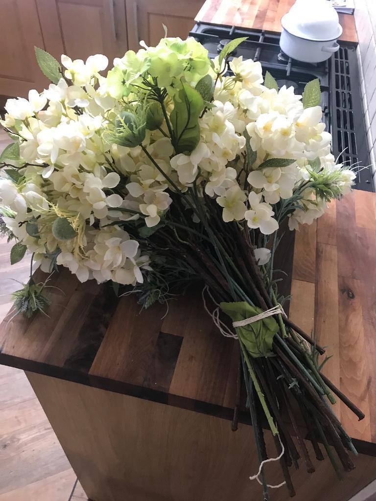 Beautiful artificial floral arrangement in ruddington beautiful artificial floral arrangement izmirmasajfo
