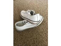 Men's converse leather pumps size 8