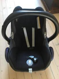 Maxi cosy car seat and mirror